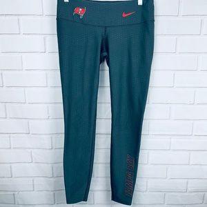 Nike X NFL team apparel Tampa Bay Buccaneers M